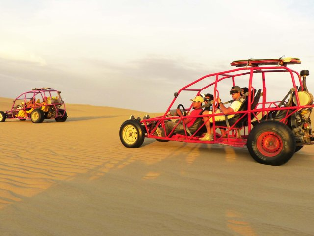 huacachina-dune-buggy